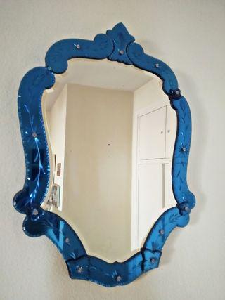 Espejo veneciano de pared antiguo