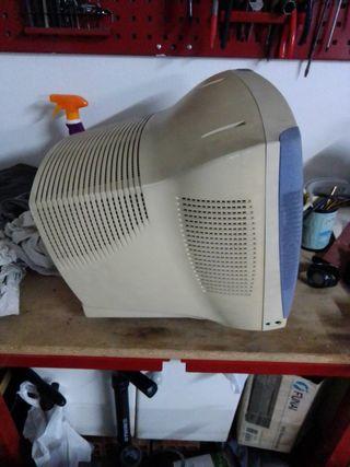 Pantalla ordenador antigua
