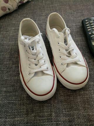 zapatillas número 32