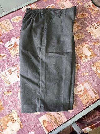 pantalón corto colegial
