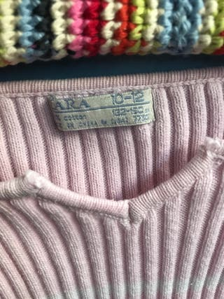 Jersey rosa con líneas horizontales