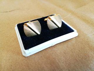 Gemelos dorados, grandes de 18 mm