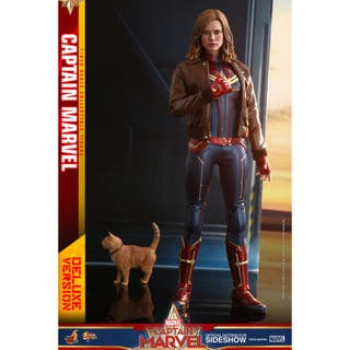 HOT TOYS CAPITANA MARVEL