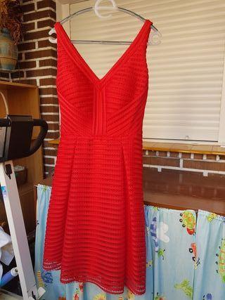 Vestido cóctel rojo. Puesto una vez
