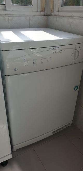 secadora Ariston