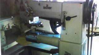 Maquina cuero Adler