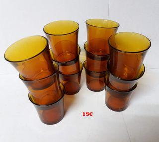 12 vasos pequeños DURALEX ambar años 80