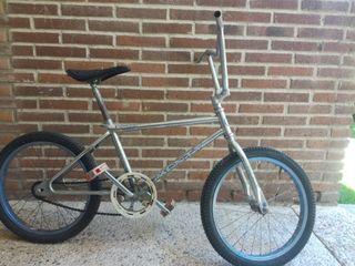 bicicleta monty antigua