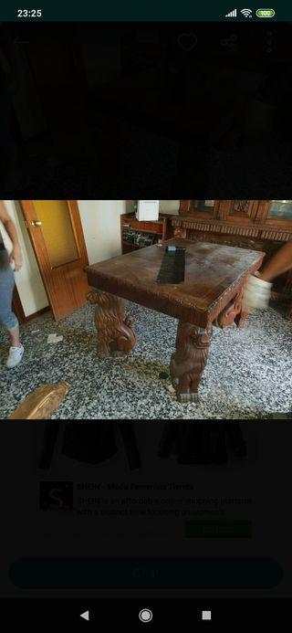 se subastan muebles antiguos