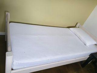 cama 90 de madera y colchon