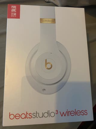 BRAND NEW BEATS STUDIO 3 WIRELESS
