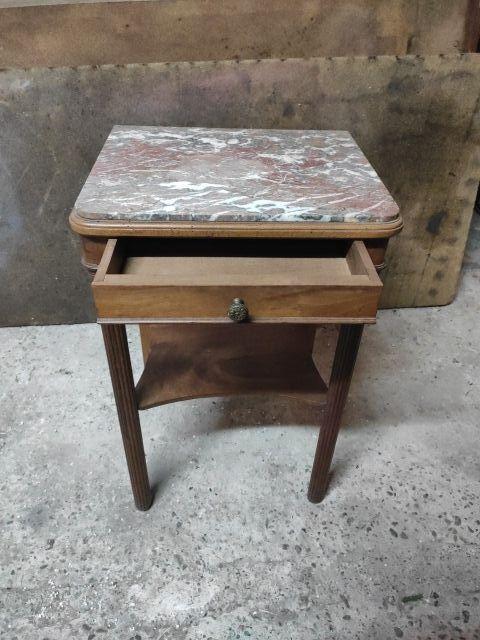 Meuble ancien table de nuit. Bois et Marbre