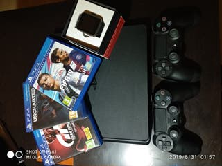 PS4 Slim 1TB + 2 mandos + 4 juegos + regalo