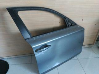 Puerta derecha delantera BMW serie 1