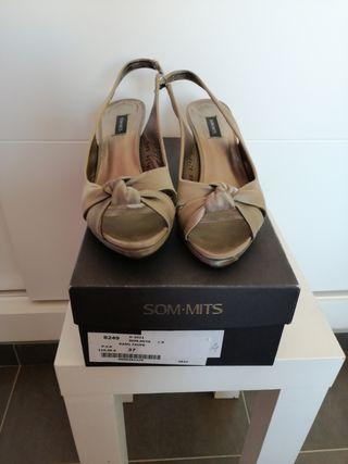 Zapatos SOM.MITS T.37