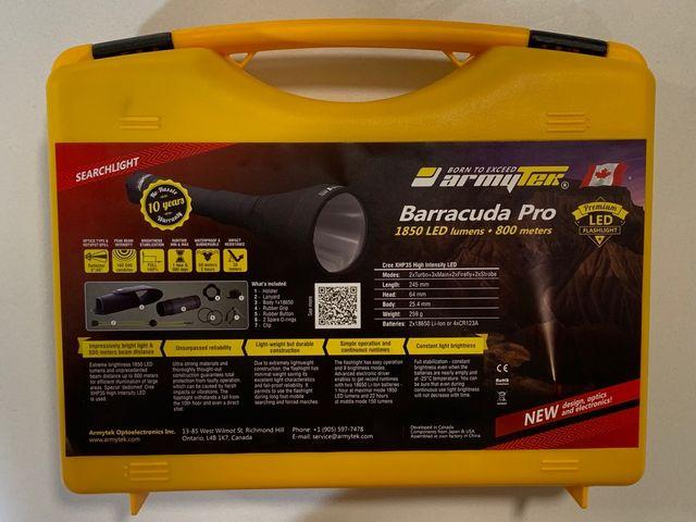 Linterna Armytek Barracuda Pro XHP35 800m