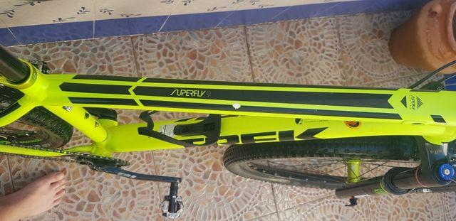 bici treck superfly 9