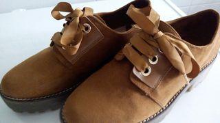 zapatos de ante marrones