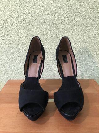 Zapatos de tacon fino zara de segunda mano por 12 € en