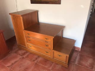Mueble aixiliar de Roble
