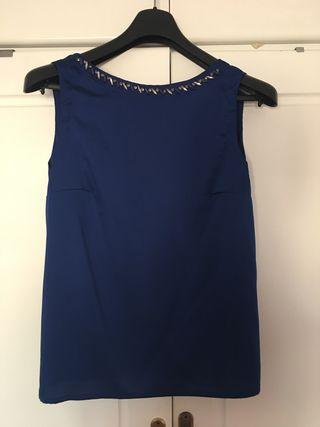 Blusa sin manga azul marino