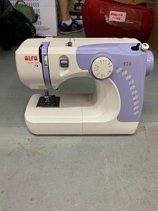 Maquina de coser Alfa- Modelo 649