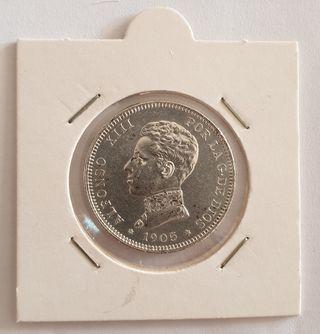 Moneda de plata de dos pesetas de 1905