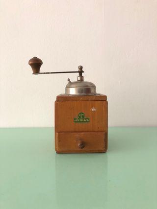 Molinillo café vintage