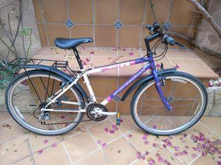 Scott. Bicicleta de montaña