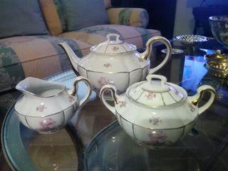 Juego de té clásico.