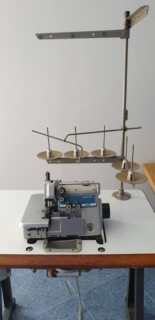 Singer 842 Máquina de coser Overlock (2 agujas)