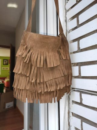 Precioso bolso bandolera de Hakei