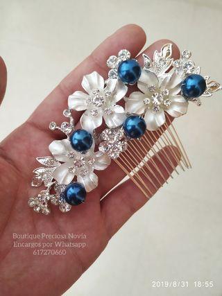 Tocado madrina Invitada novia en azul marino