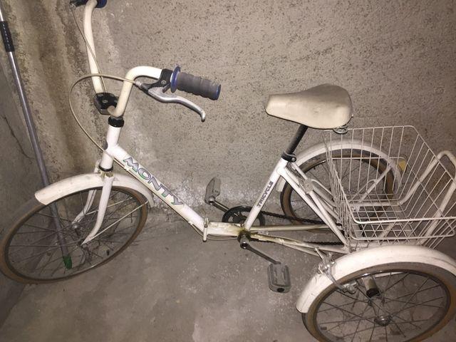 Bicicleta MONTY de paseo con dos ruedas atrás