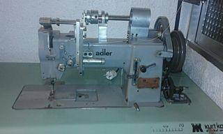 Máquina de coser y tabletear ADLER OCASIÓN
