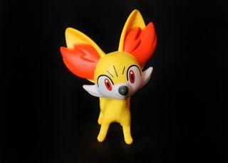 Figura Pokemon Fennekin (Colección McDonalds)