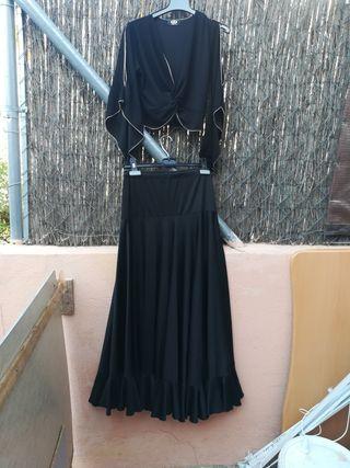 ropa de flamenco falda blusa negro.