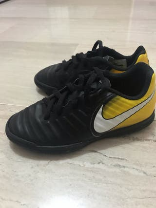 Botas fútbol sala Nike Tempo Río negro/amarillo