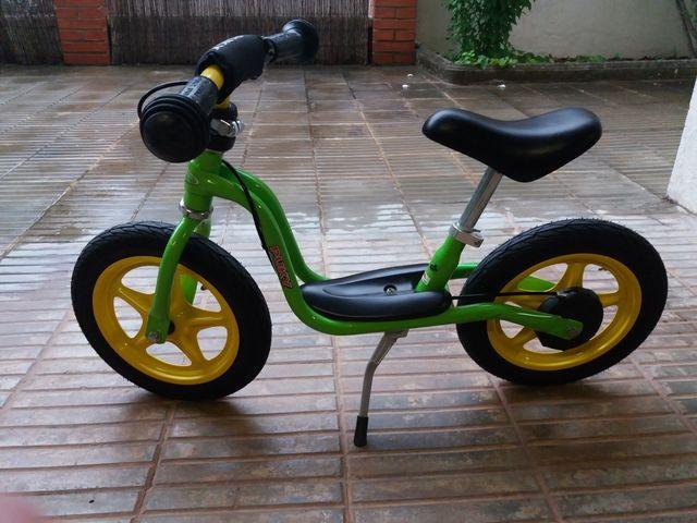 Bicicleta Puky con casco de regalo