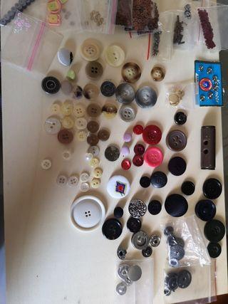 lote de botones varios