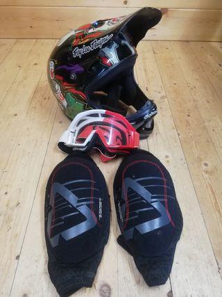 casco troylee + rodilleras y máscara fox