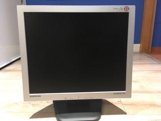 """Monitor Samsung SyncMaster 710v 17"""""""