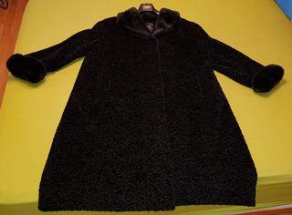 Abrigo imitación astracán negro