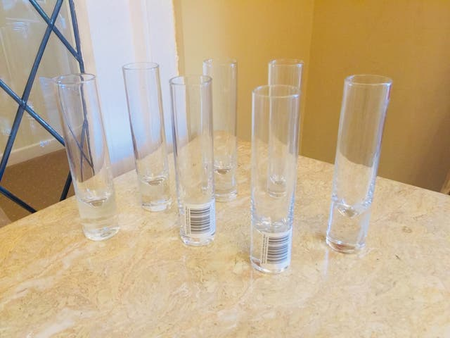 Glass vases wedding table decorations