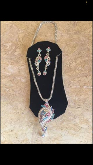 Indian neckless and earring set