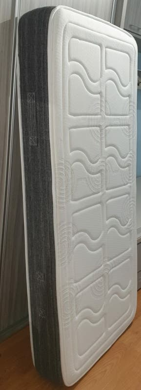COLCHÓN NUEVO 180×80×20cm