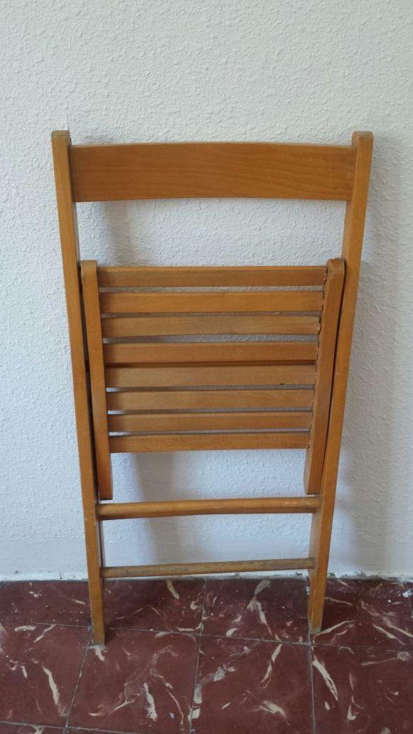 Silla antigua vintage de madera
