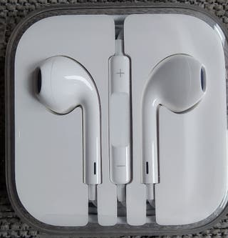 Auriculares Apple (nuevos) - iPhone/earPods