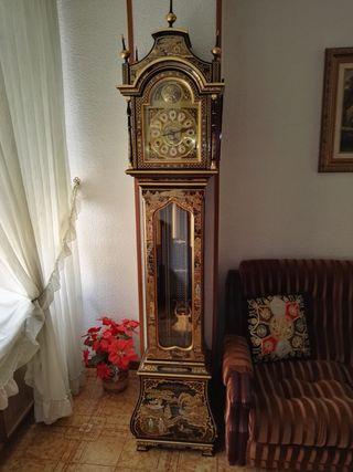 Reloj carrillón MORELL Tempus Fugit.