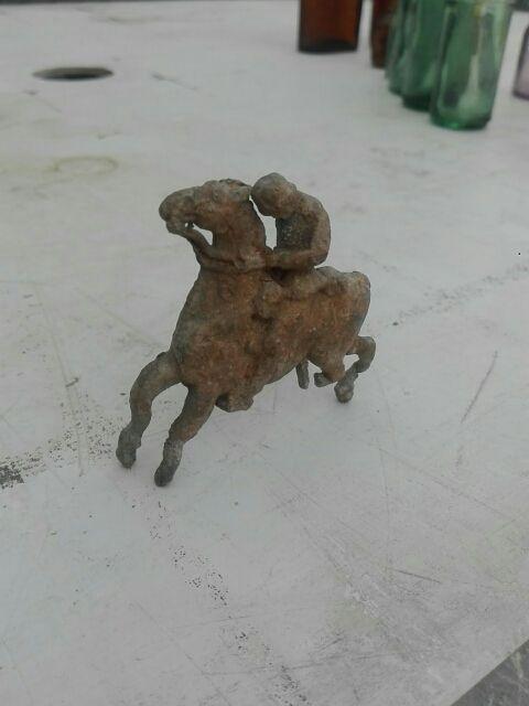 antiguo caballo plomo